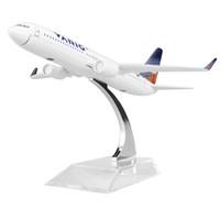 regalos de brasil al por mayor-Nueva venta caliente 1: 400 BRASIL VARIG AIRLINES B737-800 16 cm modelo de metal de aleación de avión niño regalo de cumpleaños modelos de avión regalo de chiristmas