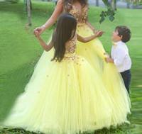 muchachas de flor vestidos de novia amarillo al por mayor-Por encargo impresionante amarillo vestido de bola vestidos de flores niña para la boda Vestidos del desfile Vestidos de fiesta para niños Vestidos de baile para niños baratos