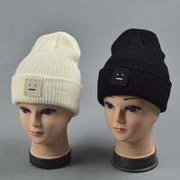 beanie şapka tasarımı toptan satış-Kış Örme Beanie Hat Smile Tasarım erkek veya Bayan Şapkaları Z-1925