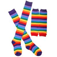 kızlar çorap toptan satış-PrettyBaby 2016 Yeni Moda Gökkuşağı Çizgili Örme Uzun Kol Kollu Kadın Lady Kızlar Kadınlar Için Örgü Renkli Gökkuşağı Çorap Çizgili Mens