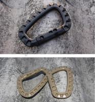 ingrosso fibbia appesa a portachiavi-10 pz / lotto D Forma Alpinismo Tattico Fibbia a scatto Clip di Plastica Acciaio Arrampicata Moschettone Appeso Portachiavi Gancio EDC Gear