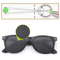 ingrosso esercizio di visione-Alta qualità Nero Unisex Vision Care Pin foro Occhiali Pinhole Occhiali Eye Exercise Vista Migliorare la plastica
