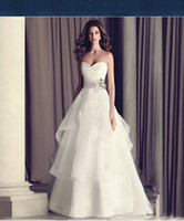 Wholesale Crystal Wedding Gown Online - Wedding Dresses Online Strapless Sweep Train Wedding Gowns Lace Vintage Simple and Elegant Vestidos de Novia Cheap