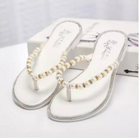 Wholesale Beaded Flip Flop Slippers - RC summer new small fragrant wind pearl sandals women diamond beaded flat sandals flat with clip toe sandals and slippers