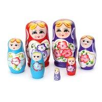 rus bebek setleri toptan satış-Toptan-Güzel Rus Yerleştirme Matryoshka 5-Piece Ahşap Doll Set Ahşap Doll El Boyalı Bebek Oyuncak
