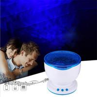 batería usb azul al por mayor-Proyector de luz nocturna LED Lámpara de proyección Ocean Blue Sea Waves con mini altavoz Luz nocturna Ocean Waves con alimentación USB o con batería