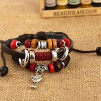 2017 Hot Sale Style Leather Bracelet Personality Alloy Key Pendant Shape Woven Beads Vintage Punk Homens Mulheres Gift Atacado