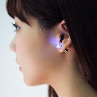 Wholesale Magnet Diamond Earrings - Flash LED earrings Hairpins Strobe LED diamond ear ring Lights Strobe flashing Nightclub party items Magnet Fashion lighting DHL free USZ065
