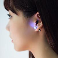 ingrosso orecchino magnetico del flash-Flash LED orecchini forcine stroboscopiche LED diamante anello di orecchio luci stroboscopiche lampeggianti articoli per feste notturne magnete illuminazione di moda DHL LIBERA USZ065
