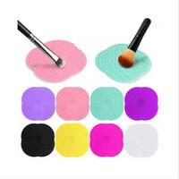 ingrosso componga la spazzola pulita-1 PC 8 colori di pulizia del silicone Cosmetici Make Up Spazzola di lavaggio Gel Cleaner Scrubber Strumento Fondotinta Strumenti di pulizia Mat Pad