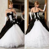 viktorianischen korsett brautkleider großhandel-Vintage Black And White Ballkleider Brautkleider 2019 Heißer Verkauf Backless Korsett Victorian Gothic Plus Size Hochzeit Brautkleider Günstige