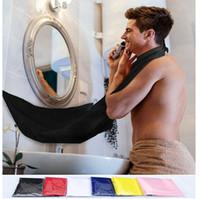 ingrosso poliestere pigiama-2016 New Fashion Man Bagno Barba Bib High-Grade Poliestere Impermeabile Pongee Barba Cura Trimmer Capelli Rasatura Grembiule 120 * 80 cm F816-2