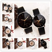 Wholesale Round Spots Mm - 2016 New Hot Personality Unisex Luxury Watches Casual Classic Spots Leather Mens Watches 8 Colors Fashion Designer Couple Watch