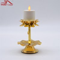 Tealight Candle Stand para ceremonia religiosa Sin llama LED Tea Light con temporizador Tealight recargable con candelabro