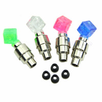 Vente en gros - 2 pièces Dice LED Light Bicycle Bike Car Motor Wheel Valve Tige Cap pneu Neon Bulb