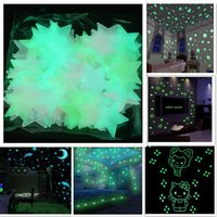 Wholesale luminous patch - 3cm Star Patch Luminous Children's Bedroom Decoration Wall Stickers Star Sun & Moon Shape 3D 100PCS LOT