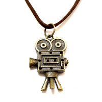 Wholesale Punk Camera - Sweater Necklace Leather Jewelry Punk Jewelry Vintage Necklace Hip Hop Rock Retro Celtic Style Robot Camera Pendant M1583