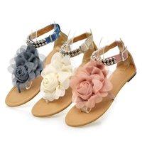 ingrosso tacchi in boemia-Sandali gladiatore per le donne bohemian perline estate fiore tacchi piatti infradito scarpe da donna sandali T-straps taglia 35-43