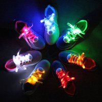 un paio Nuovi LED Shoelaces Luminoso lampeggiante scarpe Laces discoteca Partito Light Up Glow Nylon Strap