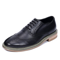 Scarpe in pelle uomini Oxfords Vintage British Style Wingtip intagliato nero Tan Business Casual Flats size38-44