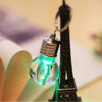 Porte-clés À Led Pas Cher-Vente chaude Led Light Mini Bulbes Torche Keyring Keychain rgb mini led lampe de poche change de couleur KEY RING BULBs