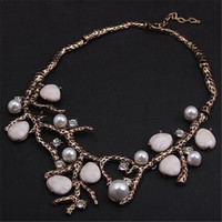Wholesale Pearl Branches - Fashion Style Gold Color Vintage Personalized Jewelry Pearl Branch Spray Statement Necklaces Pendants Costume Jewelry Wholesale