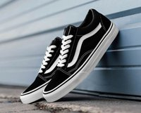 Wholesale Autumn Spring Mens Shoes - Classic Old Skool Low Cut Casual Canvas Shoes Classical White Black Brand Women And Mens Sneakers Skateboarding Shoes Spring Autumn