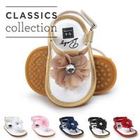ingrosso scarpa per bambini-6 colori Baby Girls fiore perizoma sandalo zoris pu soft sole toe-knob sandali neonati estate moda carino mocassini primi camminatori per A080