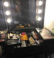 maquiagem de luz negra venda por atacado-Rolling Studio Maquiagem Cosméticos Caso w / 6x40 W Lâmpada Ajustável Perna Espelho Cosméticos Preto Train Table