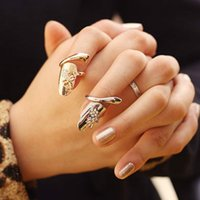 Dragonfly Finger Rings Mulheres ajustável Open Rhinestone Gold Silver Plum Snake Band Ring Lady Fashion Jewelry