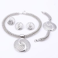 Wholesale Luxury Handcuffs - handcuff necklace 2017 Latest Luxury Big Dubai Silver Plated Crystal Necklace Sets Fashion Nigerian Wedding African Beads Costume Jewelry