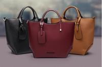 vücut çarpı çantası toptan satış-Moda Marka Kadınlar Hakiki Deri Kabartmalı Düz Deri Çanta Bayan Satchel Çanta Çapraz Vücut Omuz Çantaları Tote Çanta Bolsa Feminina