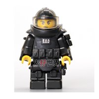 Wholesale Anti Police - World War Anti-explosion Clothing CITY Police Weapons SWAT Building Blocks Kids Toys Gifts Army Minifigures Box Accessories