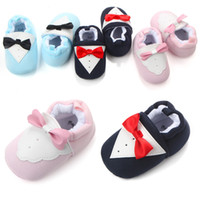 Wholesale Baby Step Shoes - 2017 New 3 colors Baby First Walkers Soft Sole Bow shoes Baby Girl Boy lovely Spring Autumn Shoes Bow to step shoes Soft Sole 0-1 years K048