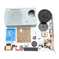 tipos de ic al por mayor-Al por mayor-Nuevo DIY ZX2051 Tipo IC FM AM Radio Kit Electroinc Kit de aprendizaje de 8 ohmios