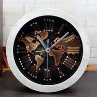 All'ingrosso-Retro europeo 3D Rivet Style Desk Clock World Map Alarm Clock Clock silenzioso Home Decor