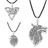 воронье ожерелье оптовых-Wholesale-Odin Raven Norse Wolf Pendant Viking Jewelry  Triquetra Fenrir Animal Teen Wolf Necklace Men Female Supernatural Amulet Knot