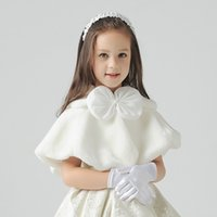 Wholesale Christmas Shawl For Girls - Ivory Short Faux Fur Shawl for Little Girls Front Bow Lovely Girls' Capes and Jacket Flower Girls Accessories
