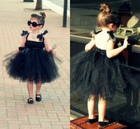 2017 moda Little Black Flower Girl Dresses Spaghetti Backless Tulle ginocchio-lunghezza Compleanno Party Party Party Spacial occation abiti su misura