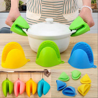 Wholesale Silicone Oven Gloves Fingers - Silicone Oven Glove Clip Cake Bakeware Heat Resistant Finger Hand Clip Oven Microwave Mitt Convenient Pot Holder 300pcs OOA2474