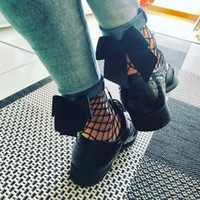 Vente en gros 2017 Fashion Women Ruffle Large / Media / Petite Fishnet Ankle High Chaussettes Bow Tie Mesh Chaussettes à lacets Fish Net Short