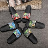 Wholesale advanced fashion - European big name luxury goods style shoes, sandals, slippers, classic word Style Slippers, flower patterns, uppers, advanced workmanship, f