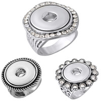 Noosa Ring Retro Silver Color Gravé Foret Blanc Fleurs Broche Round Rhinestone Ring Fit 5.5mm Snap Button FBA Drop Shipping N516Q