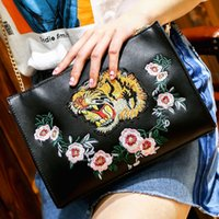 Wholesale Handbag Briefcase Women - tiger flower embroidery bag brand designer envelope bag chain Single Shoulder Messenger Bags clutch handbags women briefcase sac