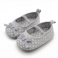 Wholesale Unique Baby Shoes - Wholesale- Unique Gray Butterfly-knot New Infant Toddler Babies Shoes Soft Cotton Fabric First Walkers Fashion Shoes For 2017 Spring Autumn
