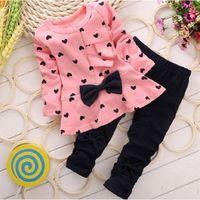 zebra baskı modası toptan satış-Moda Tatlı Prenses Çocuklar Bebek Kız Giyim Setleri Rahat Yay T-shirt Pantolon Takım Elbise Aşk Kalp Baskılı Çocuk Giysileri Set