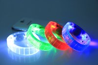 Barres D'éclairage De Discothèque Pas Cher-Musique activée Contrôle sonore Led Bracelet clignotant Light Up Bangle Wristband Night Club Activité Party Bar Disco Cheer b865