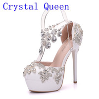 zapatos de boda rhinestone al por mayor-Crystal Queen New Fashion Rhinestone Sandalias Bombas Zapatos Mujer Sweet Luxury Plataforma Cuñas Zapatos Tacones de boda High Heels