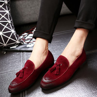 2017 Designer Casual Shoes Genuine Leather Cow Suede Tassel Men Loafers Marca de luxo Slip On Dress Shoes Oxfords Shoes For Man