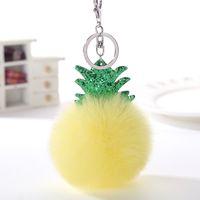 künstliche weibliche großhandel-Neue Ananas Schlüsselanhänger Fluffy Künstliche Kaninchenfell Ball Keychain Schöne Pompom Schlüsselanhänger Weibliche Tasche Autoschlüssel Ring Kreatives Geschenk Für Weihnachten